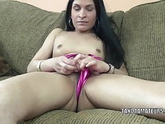 Alien MILF Naomi Akund of..