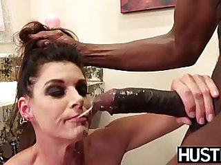 Squirting MILF dicked..